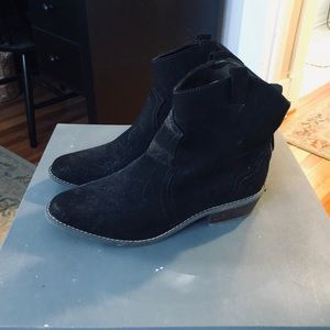 Brand new Old Navy Boots